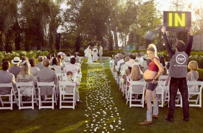 2476205-R3L8T8D-650-tnt-tv-channel-wedding-1024-83037