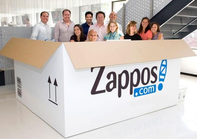 2688555-R3L8T8D-650-zappos-team