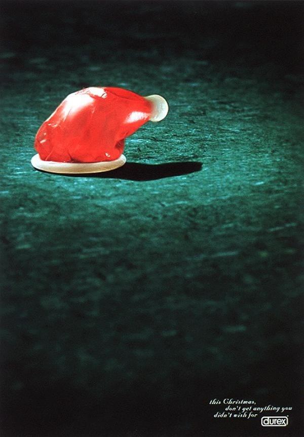 5798555-R3L8T8D-600-durex-condoms-christmas-hat-small-71966