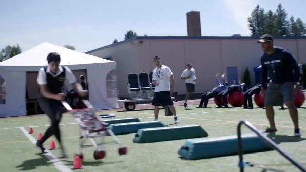 alaska-airlines-alaska-airlines-training-camp-with-russell-wilson-commercial-600-34651