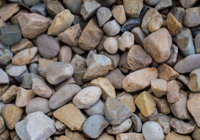В кампании от Gray New York предложили послушать звуки орлов и камней