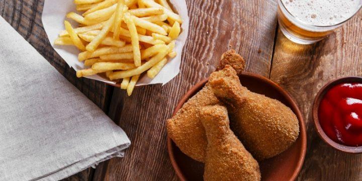 Сеть KFC создала плейлист с упоминаниями бренда